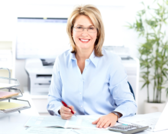 smiling-receptionist